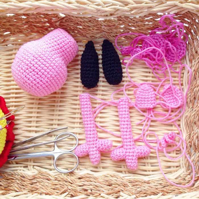 Crochet Peppa Pig amigurumi pattern