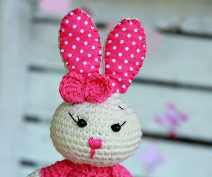Cute bunny amigurumi free crochet pattern