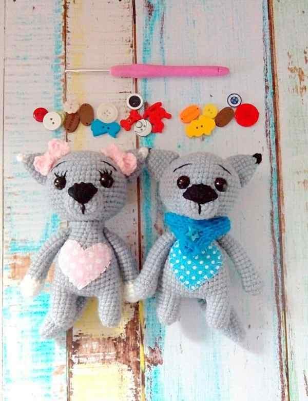 Crochet wolf cub amigurumi pattern