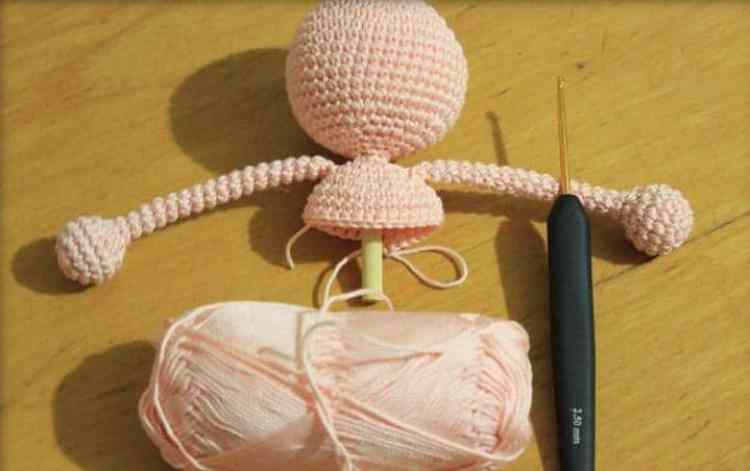 Free crochet lalaloopsy amigurumi pattern