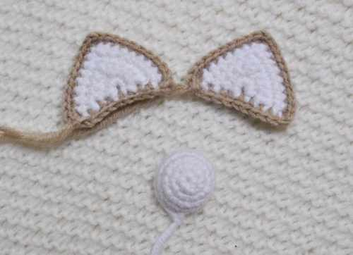 Lady cat amigurumi pattern - ears
