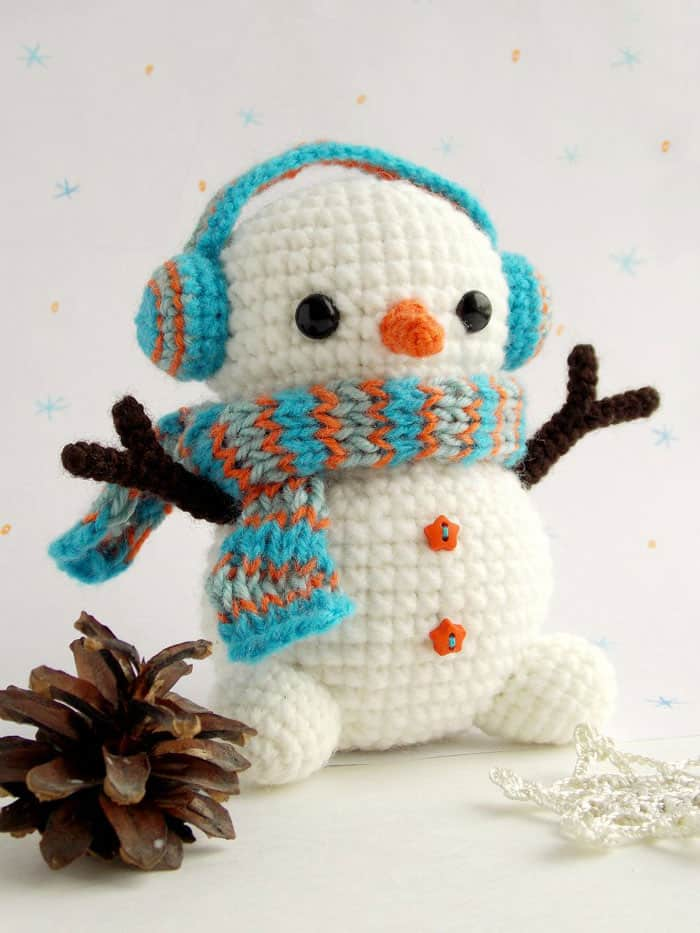 Crochet Patterns Free Snowman : Free crochet snowman pattern - Amigurumi Today