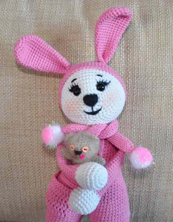 Amigurumi bunny in pajamas - crochet pattern