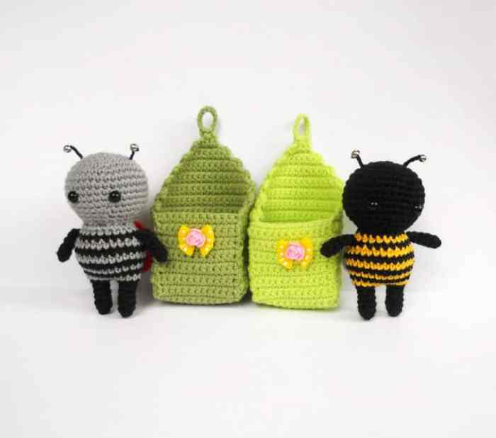 Amigurumi bugs in cradles - free crochet pattern