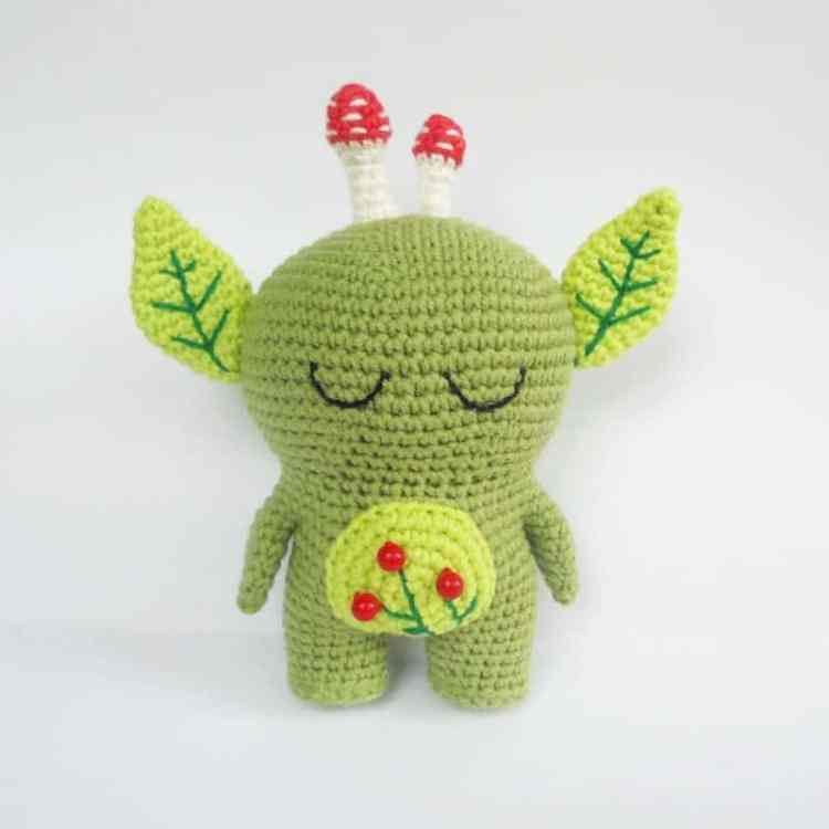 Forest spirit amigurumi pattern - eyes