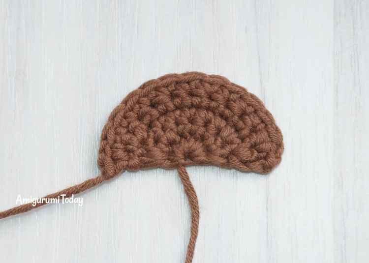 Honey teddy bears - free crochet patterns - eye patch
