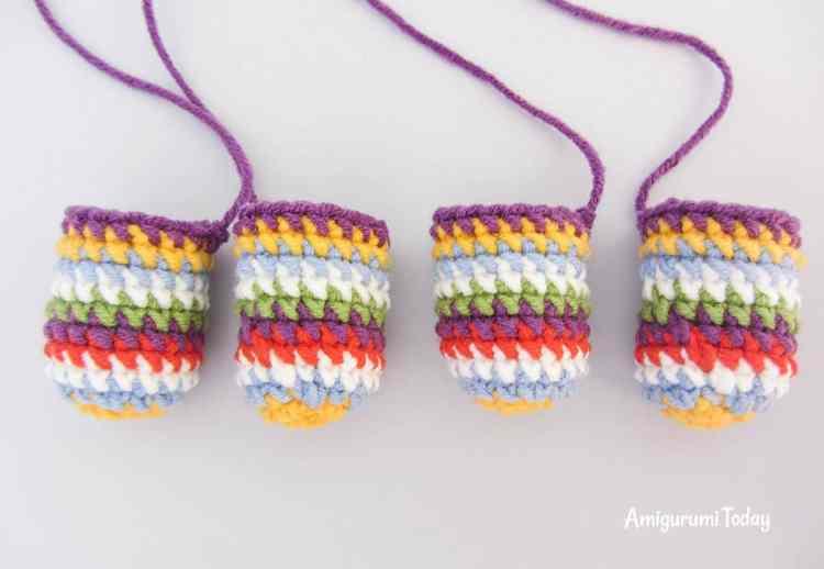 Crochet rainbow pony amigurumi pattern - legs