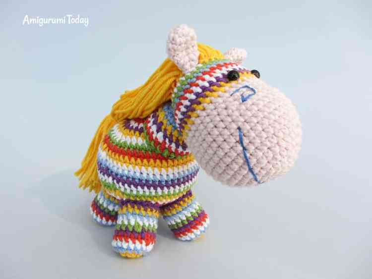 Rainbow pony amigurumi pattern tutorial