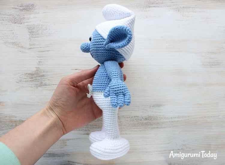 Free Smurf crochet pattern