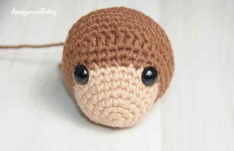 Timmy the Dog Amigurumi Pattern - head
