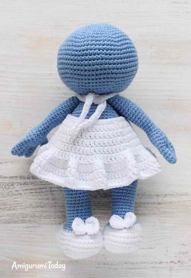 Amigurumi Smurfette crochet pattern
