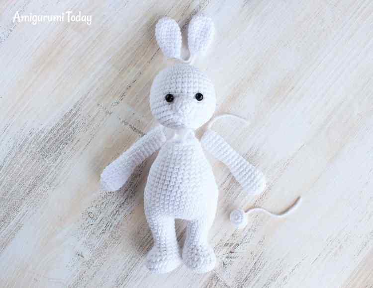 Cuddle Me Bunny amigurumi pattern - assembly