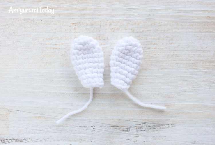Cuddle Me Bunny amigurumi pattern - ears