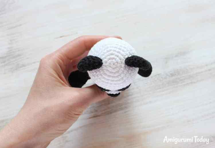 Cuddle Me Panda pattern
