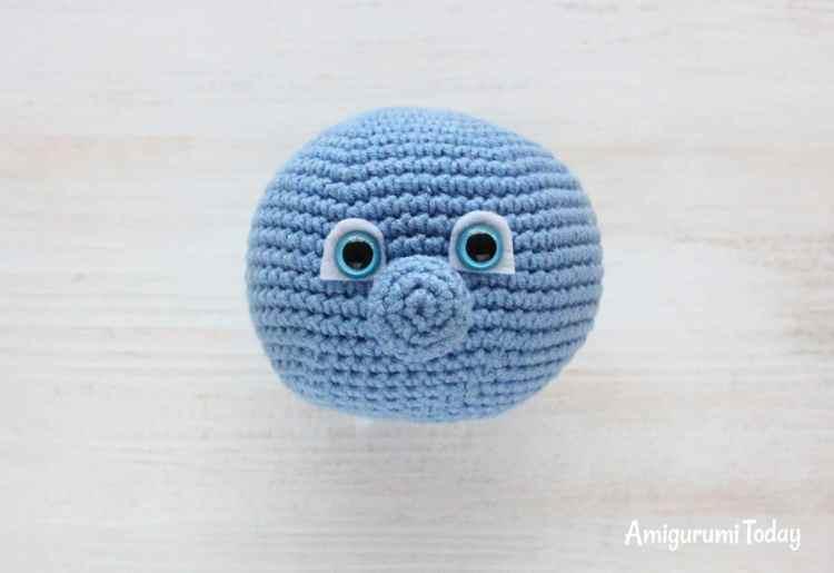 Smurfette crochet pattern - nose
