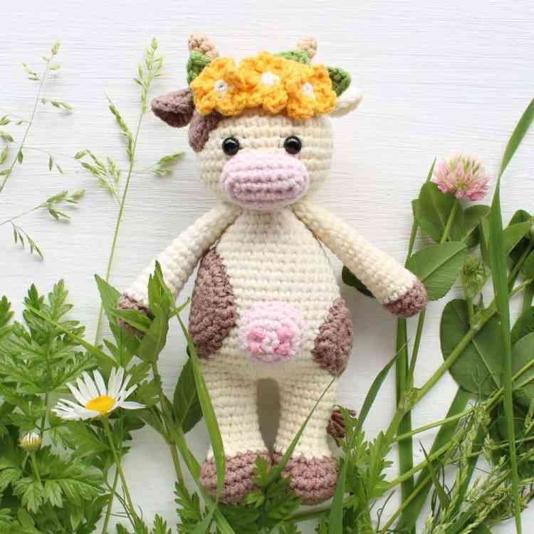 Amigurumi Cuddle Me Cow - Free crochet pattern