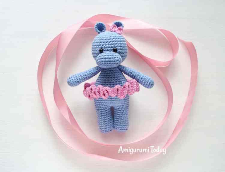 Cuddle Me Hippo amigurumi pattern