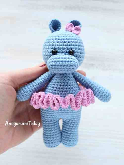 Cuddle Me Hippo crochet pattern