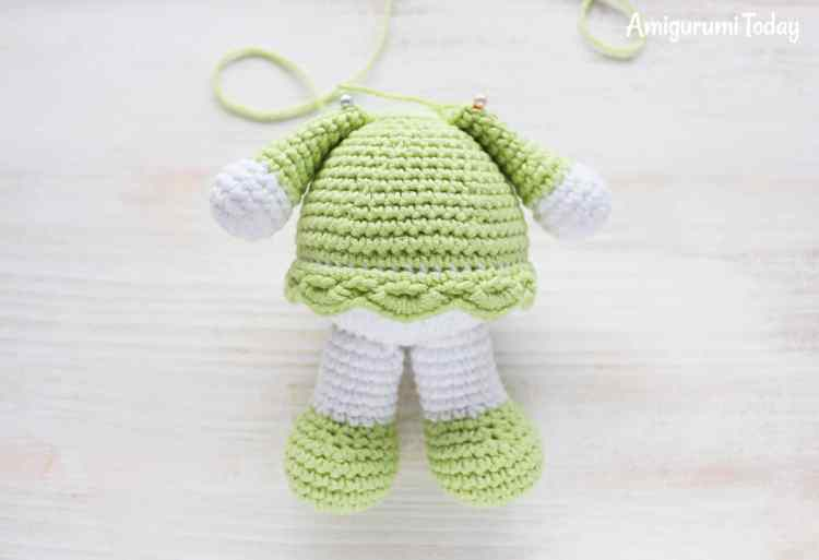 Sunny Bunny crochet pattern - assembly