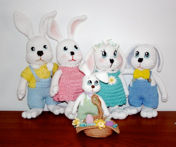 Bunny Familly Easter Greetings