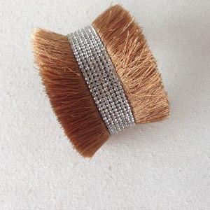 Magnetic bracelet beige strass