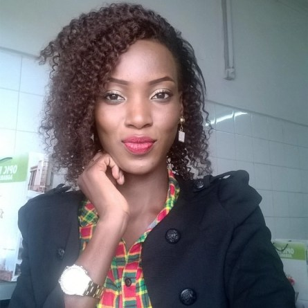 10 Amazing Curly Hairstyles amillionstyles.com @adebisimuibat