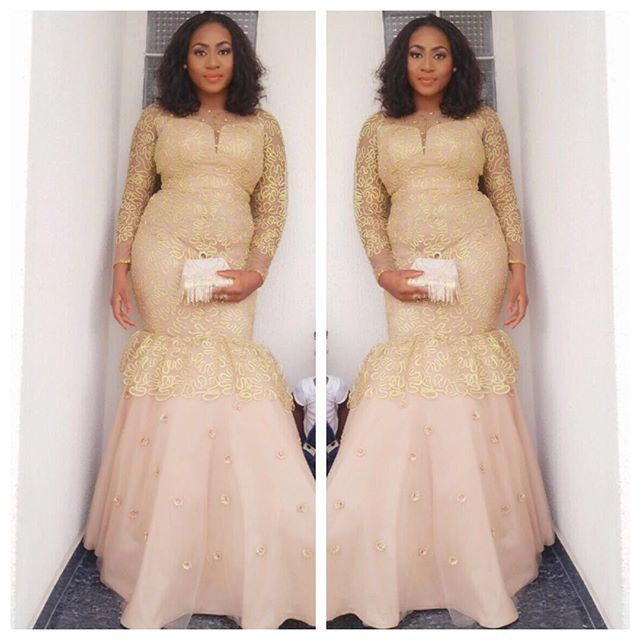 Rocking Single Colour Aso Ebi Full Gown. @t16world-offashion amillionstyles