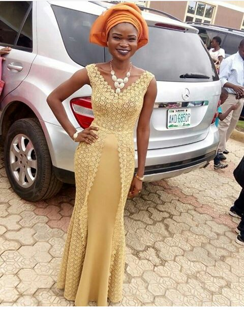 Classy Aso Ebi Styles In Lace Worn Over The Weekend  @addecollection