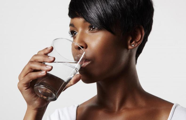 STAY HEALTHY AND BEAUTIFUL BY DRINKING ENOUGH WATER