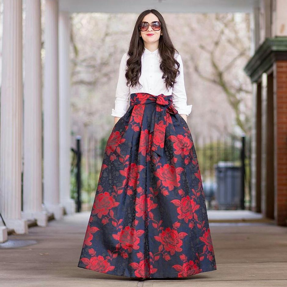 Formal Skirts. When you've got a special occasion on the calendar, it's time to update your eveningwear. Ditch the little black dress and opt for a formal skirt and top. Sleek Stunners Formal occasions typically call for a dress, but a sleek skirt can look just as polished.