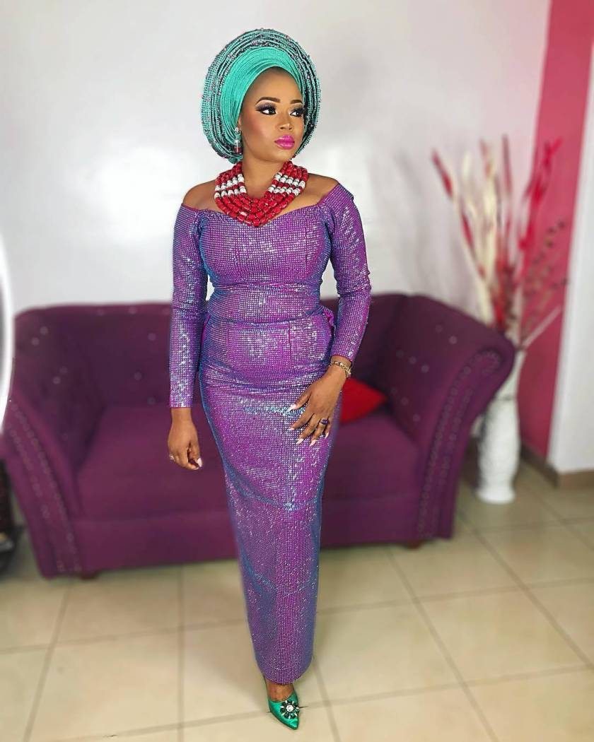 Classy Collections! Latest Aso Ebi Styles From The Weekend.