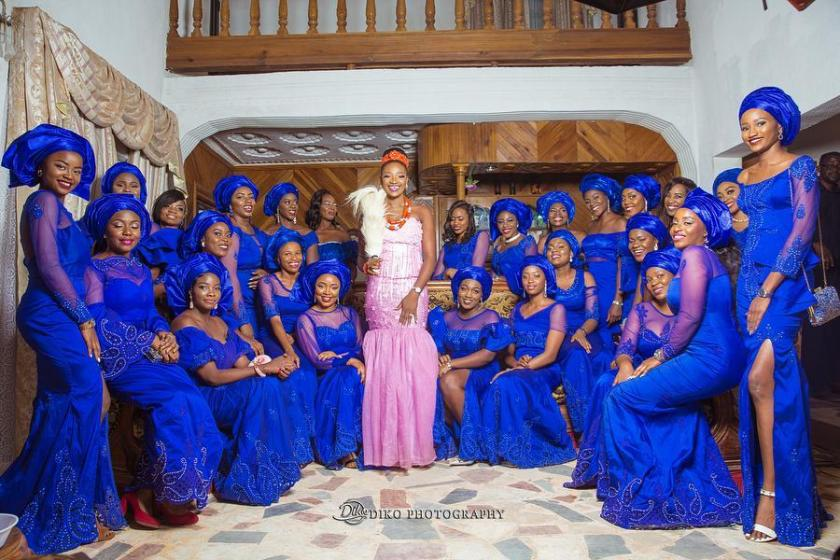 You Need To See These Unique bride and squad shoot trending in 2018.