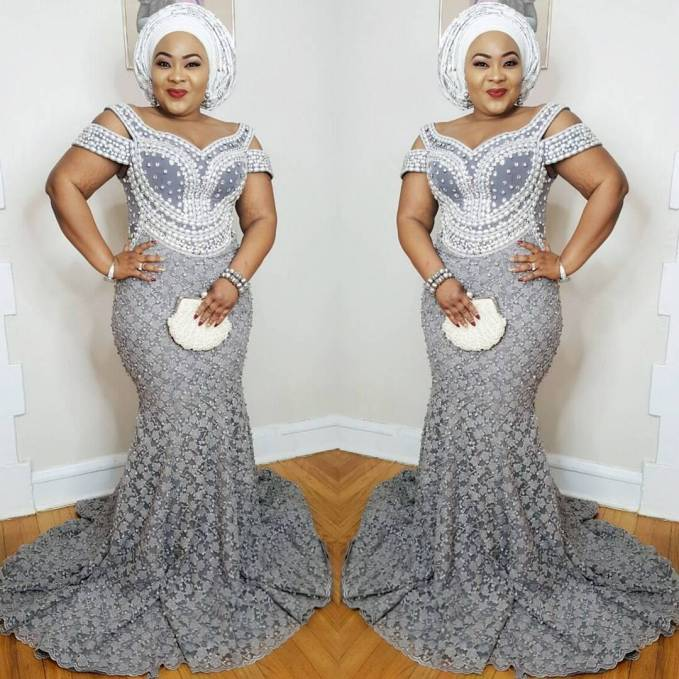 Turn Up The Heat In These Mid-Week Asoebi Styles
