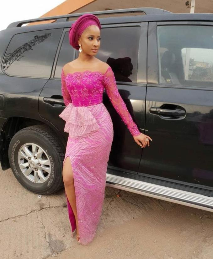 Beautiful Asoebi Styles To Begin The New Week