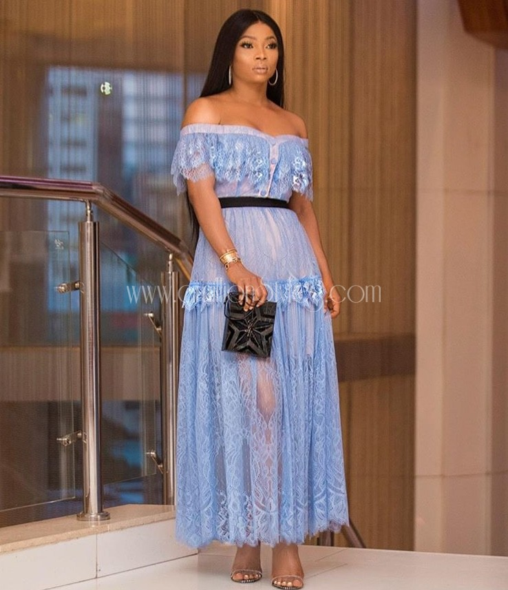 Look of the Day: Toke Makinwa In A Blue Lace Dress