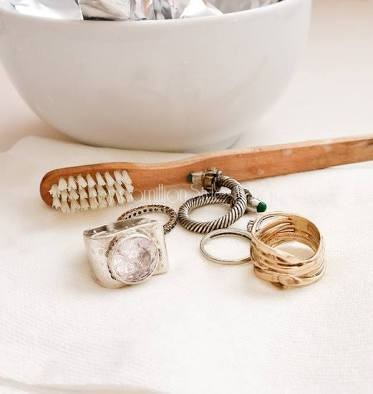 Is Your Jewelry Losing It's Color? Learn How To Make Jewelry Look Brand New Again