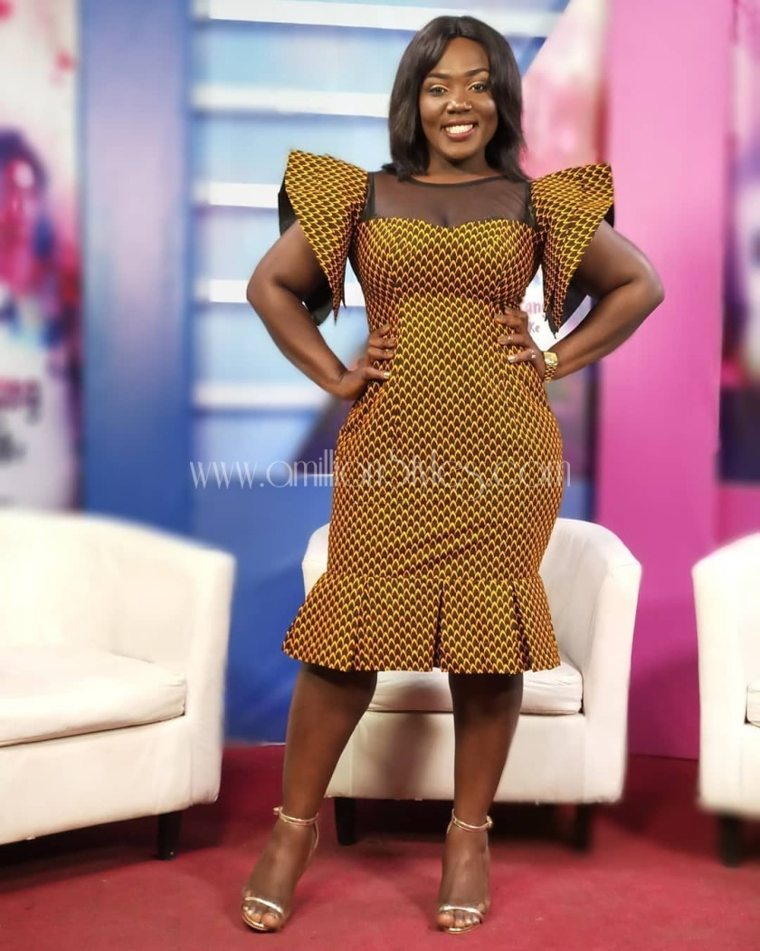 Show Off Your Shape Wearing These Hawtest Ankara Outfits