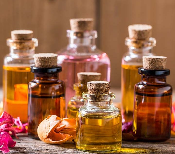 Five Best Oils For Skin Hydration This Season