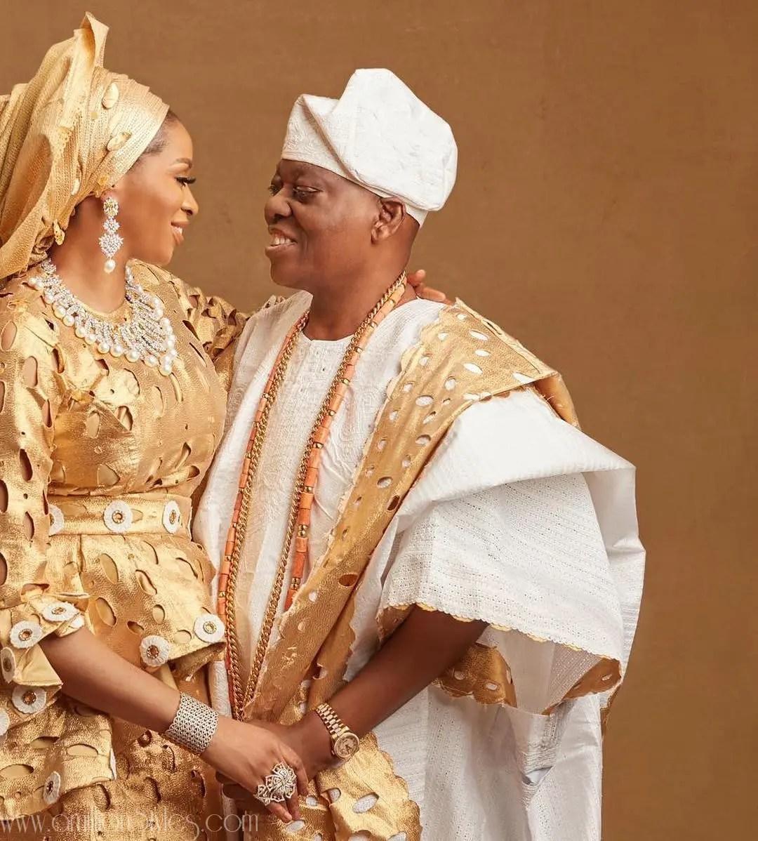 Chief Sade Okoya Celebrates 42 Birthday And 20th Wedding Anniversary With Family Photo Shoot