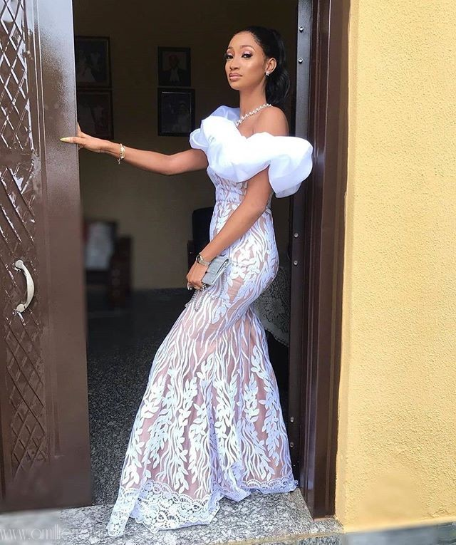 Asoebi Trend: Hop On This White Lace With Nude Lining ASAP!