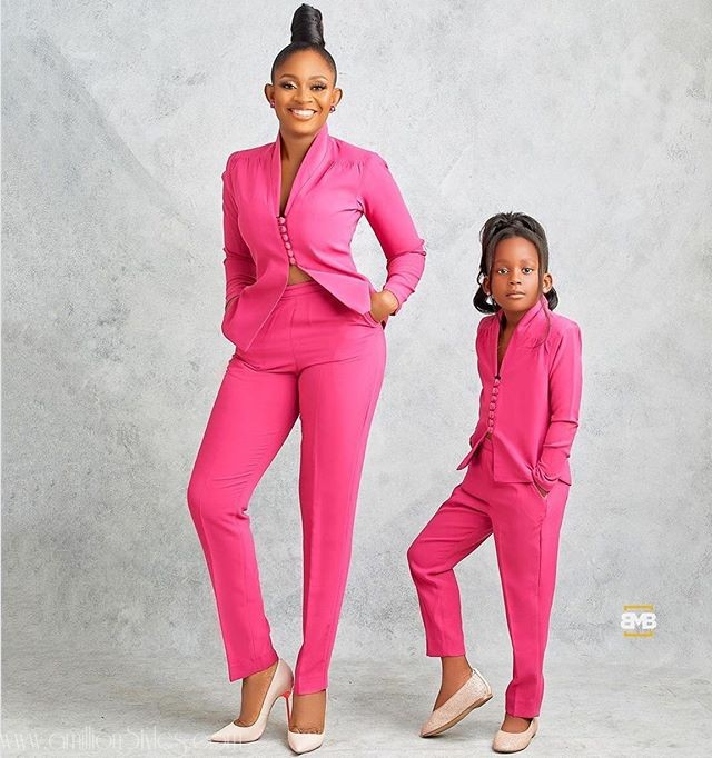 9 Mother-Daughter Styles For Photo Shoot Inspiration