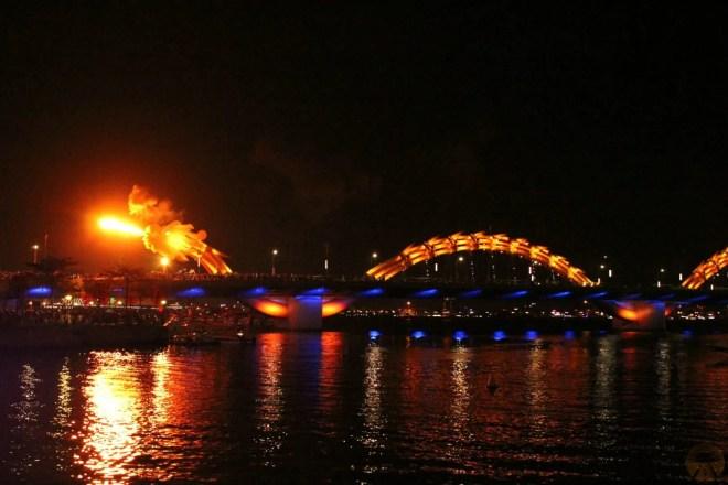 Dragon Bridge, hostel Danang