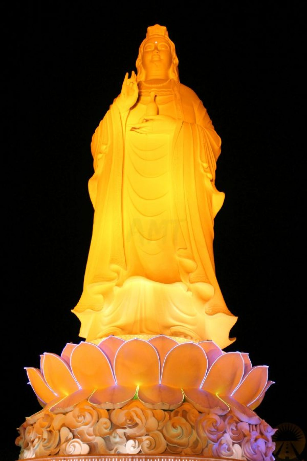 Lady Buddha at night