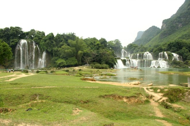 Ban Gioc-Detian Waterfalls