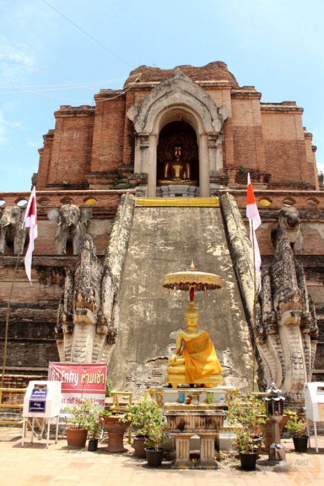 Front view of the Wat Chedi Luang, Chiang Mai