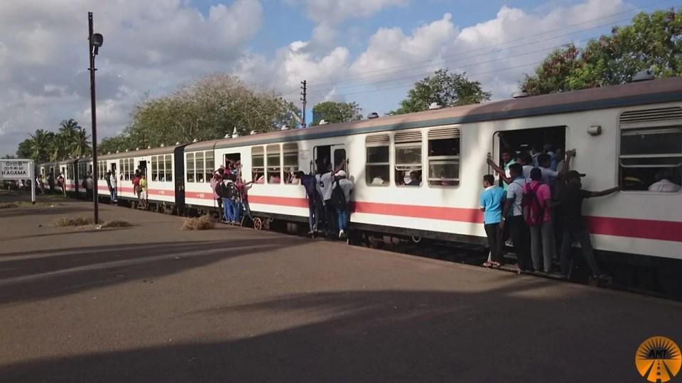 Ragama station negombo kandy train
