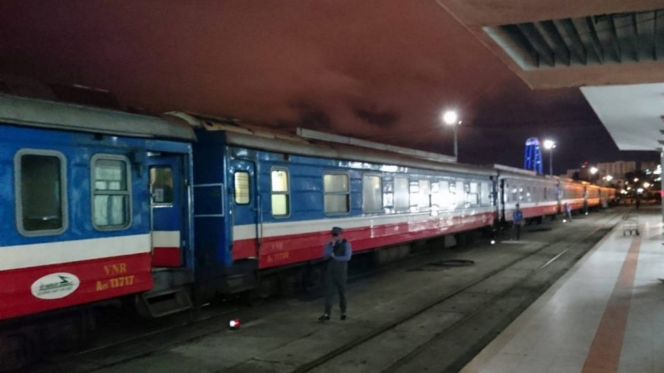 how to book a train vietnam