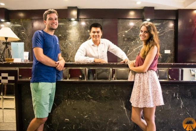 book hotel hanoi