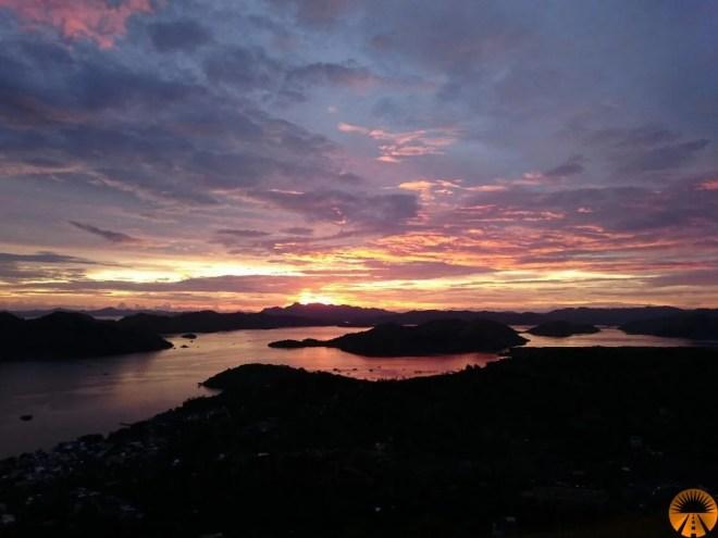 Mount Tapyas Coron sunset