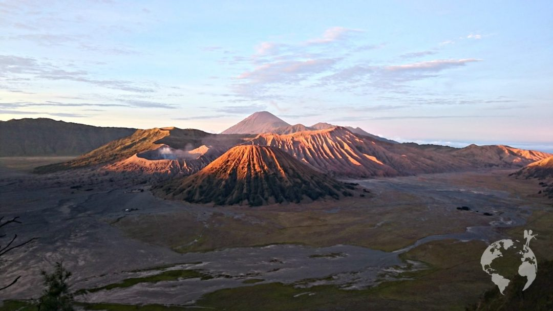MT. BROMO, JAVA: HOW TO GO AND ENJOY THE BEST SUNRISE EVER